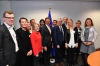 Visite de Sture Fjäder, président de la confédération finlandaise des syndicats des salariés diplômés de l'enseignement supérieur (Akava) et d'une délégation, à la CE