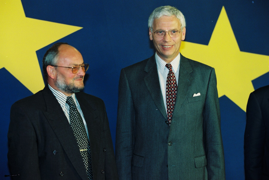 Visit of Zlatko Mateša, Croatian Prime Minister to the EC