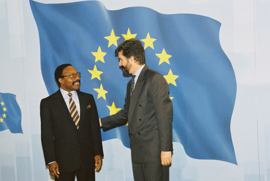 Visit of Omar Bongo, President of Gabon, to the CEC