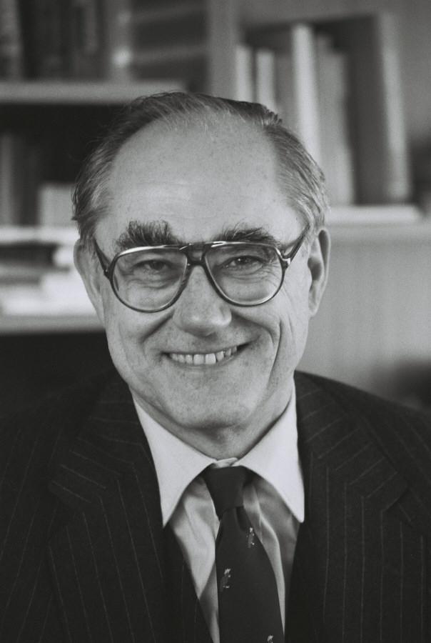 Peter Schmidhuber, membre de la CCE