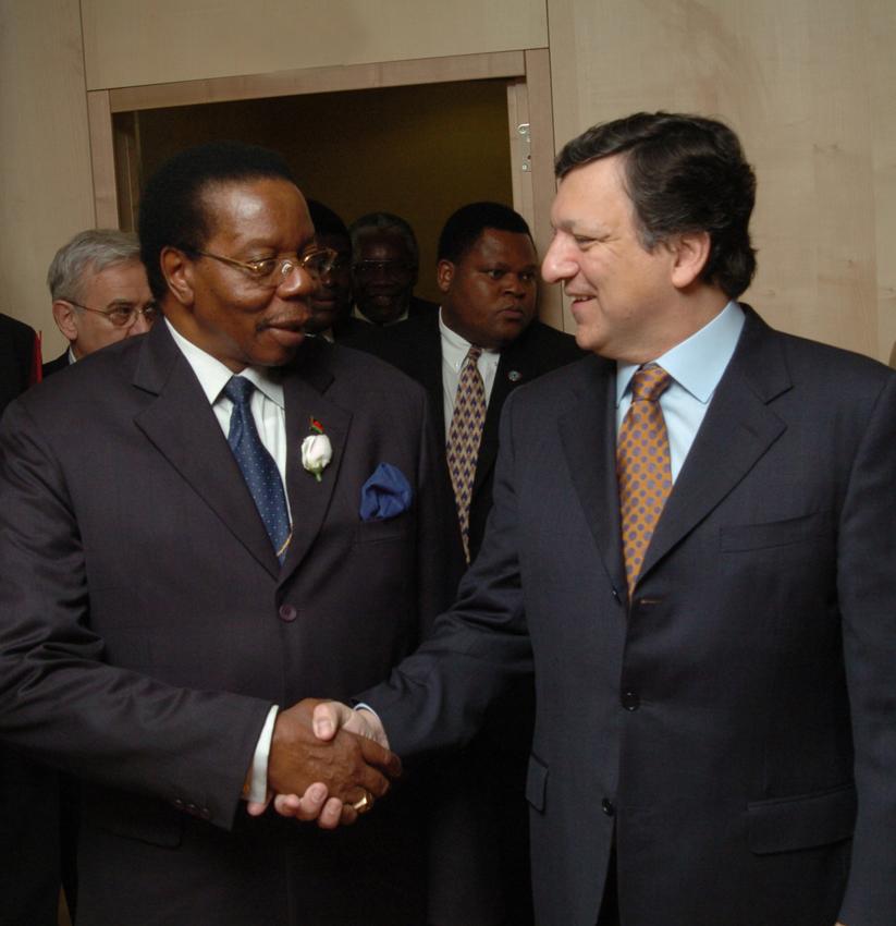 Visite de Bingu Wa Mutharika, président du Malawi, à la CE