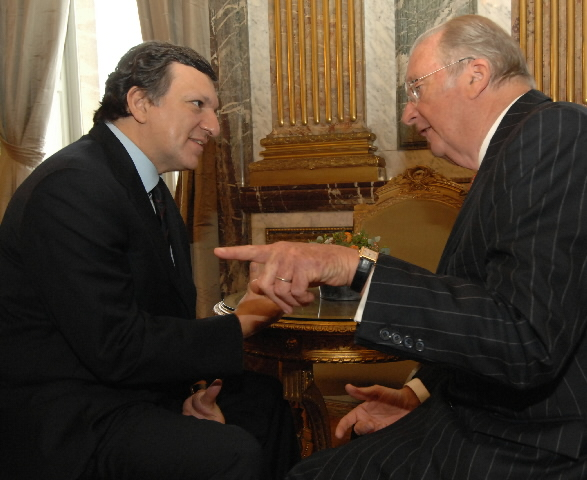 Presentation of New Year's wishes by the Barroso Commission to Albert II, King of the Belgians