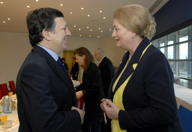 Participation of José Manuel Barroso and Vladimír Spidla in a meeting to mark International Women's Day