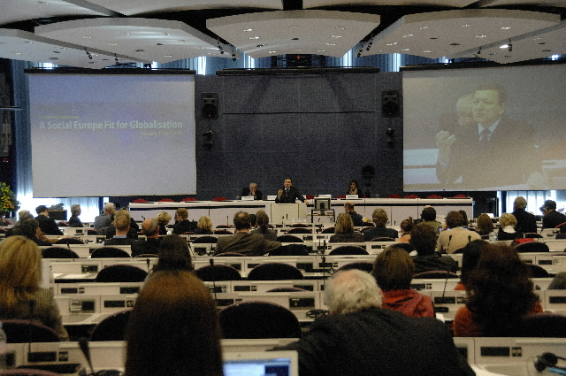 Participation of José Manuel Barroso in the 'A social Europe fit for globalisation' conference