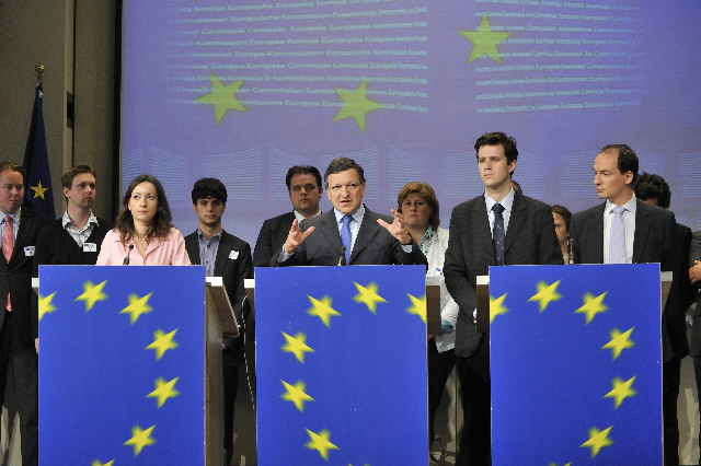 Visit of a group of leaders of political organisations and movements of young Europeans at the EC