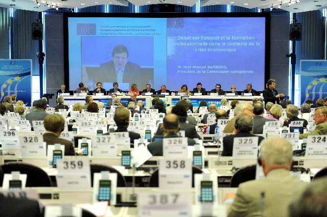 Participation of José Manuel Barroso, President of the EC, at an EESC plenary session on employment