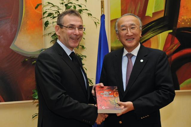 Visit of Nobuo Tanaka, Executive Director of the IEA, to the EC