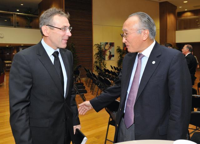 Visite de Nobuo Tanaka, directeur général de l'AIE, à la CE
