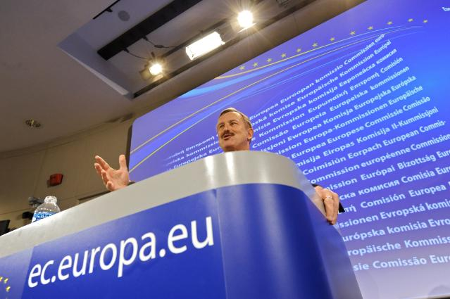 Press conference by Siim Kallas, Vice-President of the EC, on the consequences for the air transport industry of the volcanic ash crisis after the eruption of the volcano in Iceland