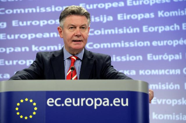 Press conference by Karel De Gucht, Member of the EC, on the EC proposal to boost Pakistan's flood-hit economy