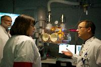 Visit of Máire Geoghegan-Quinn, Member of the EC, to the Institute for Transuranium Elements of Karlsruhe