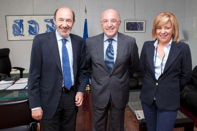 Visit of Alfredo Pérez Rubalcaba and Elena Valenciano, Secretary General and Deputy Secretary General of the Spanish Socialist Workers' Party, to the EC