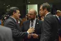 Discussion between Pedro Passos Coelho, Portuguese Prime Minister, Martin Schulz and José Manuel Barroso (in the foreground, from right to left)