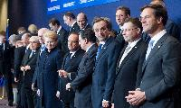 Extract from the group photo, from left to right,in the 1st row: Robert Fico, Slovak Prime Minister, Mario Monti, Italian Prime Minister; Minister for Economy and Finance, Martin Schulz, President of the EP, from behind, Traian Băsescu, President of Romania, Demetris Christofias, President of Cyprus and President in office of the Council of the EU, Herman van Rompuy, Dalia Grybauskaitė, President of Lithuania, François Hollande, President of the French Republic, José Manuel Barroso, Antonis Samaras, Greek Prime Minister, Valdis Dombrovskis, Latvian Prime Minister, and Mark Rutte, Dutch Prime Minister,in the 2nd row: Helle Thorning-Schmidt, Danish Prime Minister, Mariano Rajoy Brey, Spanish Prime Minister, Petr Nečas, Czech Prime Minister, Janez Janša, Slovenian Prime Minister, and Jyrki Katainen, Finnish Prime Minister