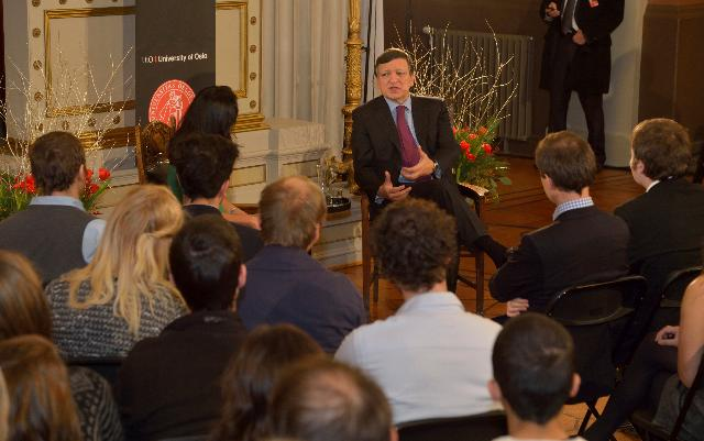 Meeting between Erasmus students and José Manuel Barroso, President of the EC