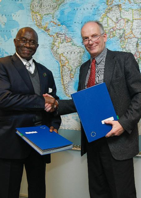 Signature of the agreement on the resumption of development cooperation with Guinea