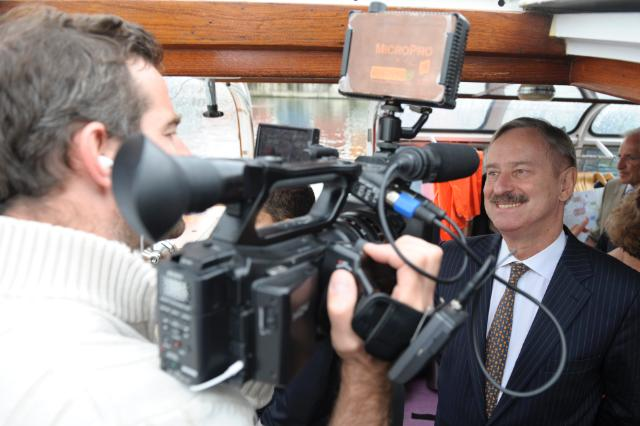 Trip on a flying boat departing from the Autonomous Port of Strasbourg with the participation of Siim Kallas, Vice-President of the EC