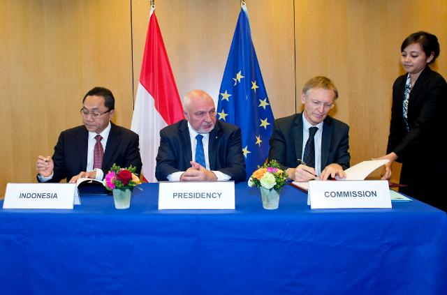 At the signature of a Volunary Partnership Agreement (VPA) between the EU and Indonesia on Forest Law Enforcement, Governance and Trade in Timber Products (FLEGT) to the European Union, Brussels