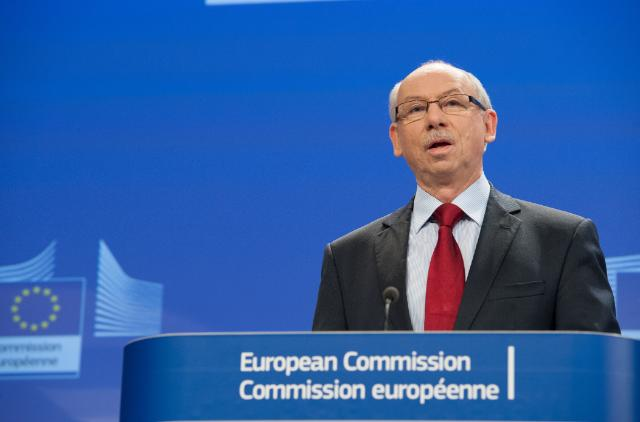Press conference by Janusz Lewandowski, Member of the EC, on the Agreement on EU budget 2014
