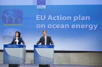 Joint press conference by Maria Damanaki and Günther Oettinger, Members of the EC, on the action plan to support the development of blue energy