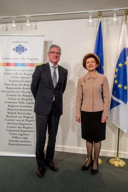Meeting between Ramón Luis Valcárcel Siso, President of the Regional Government of Murcia and the CoR, and Androulla Vassiliou, Member of the EC