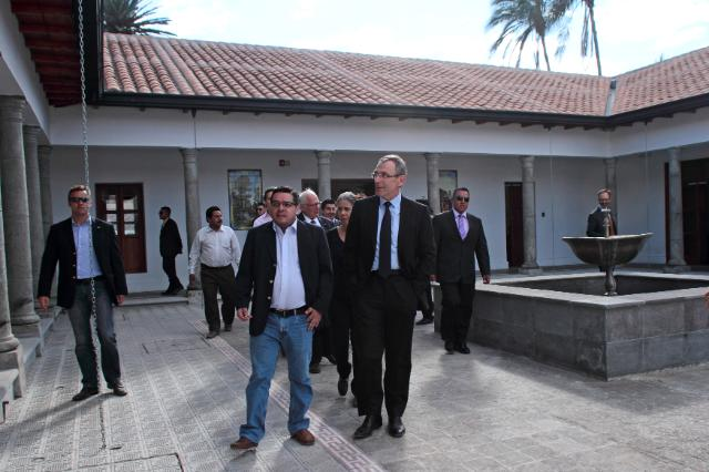 Visit of Andris Piebalgs, Member of the EC, to Ecuador