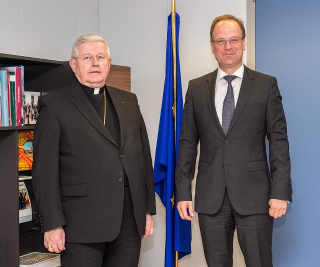 Visit of Alain Paul Lebeaupin, Apostolic Nuncio, Head of Mission of the Holy See to the EU, to the EC