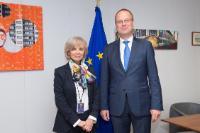 Visite d'Elisabeth Guigou, membre de l'Assemblée nationale française, à la CE