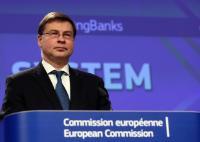 Conférence de presse de Valdis Dombrovskis, vice-président de la CE, sur la réforme du secteur bancaire de l'UE