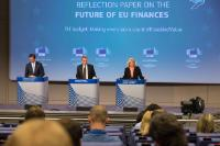 Press conference by Günther Oettinger and  Corina Creţu, Members of the EC, on the reflection paper on the future of EU finances