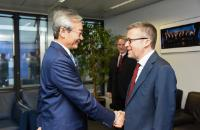 Visit of Zhang Ming, Head of the Mission of China to the EU, to the EC.