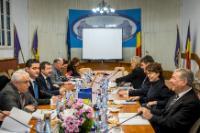 Visite de Karmenu Vella, membre de la CE, en Roumanie