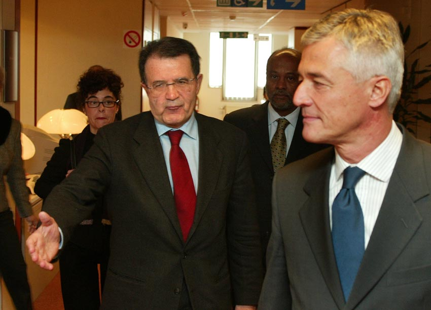 visit of Sergio Vieira de Mello, United Nations High Commissioner for Human Rights, to the EC