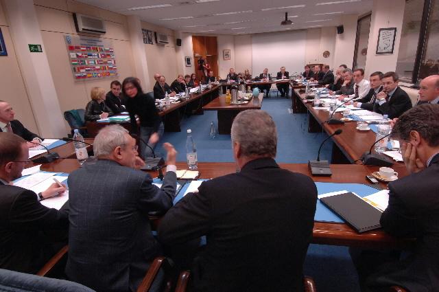Participation de Jacques Barrot,  vice-président de la CE, à l'assemblée générale du ACI
