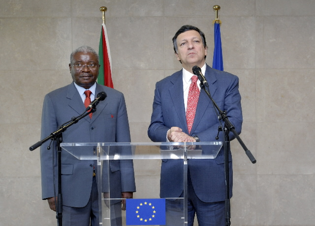 Visit by Armando Emílio Guebuza, President of Mozambique, to the EC