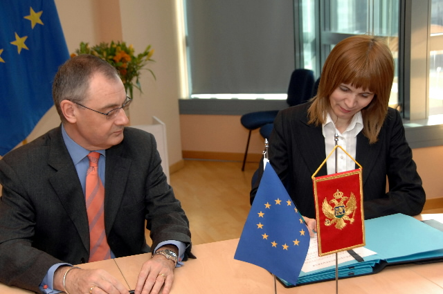 Signature of a bilateral WTO accession agreement by the EU and Montenegro