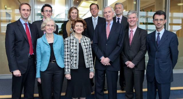 Visite d'une délégation de l'Institut européen d'innovation et de technologie à la CE