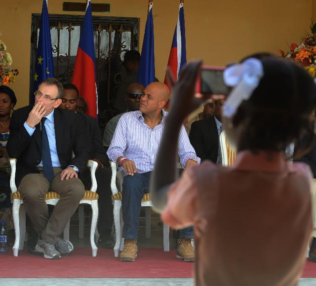Visit of Andris Piebalgs, Member of the EC, to Haïti