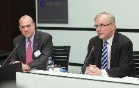 Conférence de presse conjointe d'Angel Gurría, secrétaire général de l'OCDE, et Olli Rehn, vice-président de la CE, sur les enquêtes économiques de l'OCDE sur la zone euro et l'UE