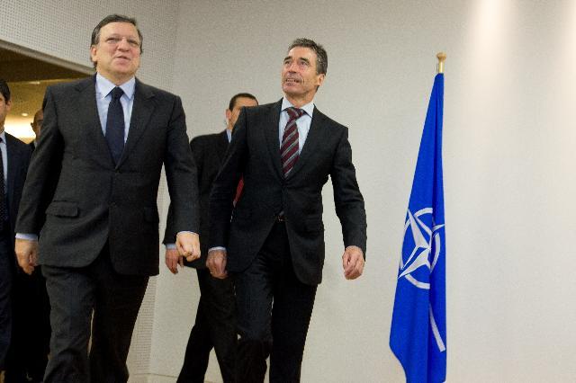 Meeting between Anders Fogh Rasmussen, Secretary General of NATO, and José Manuel Barroso, President of the EC