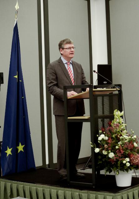 Participation of José Manuel Barroso, President of the EC, and László Andor, Member of the EC, in the