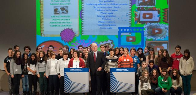 Visit of the winners of the 'Consumer Classroom' competition to the EC
