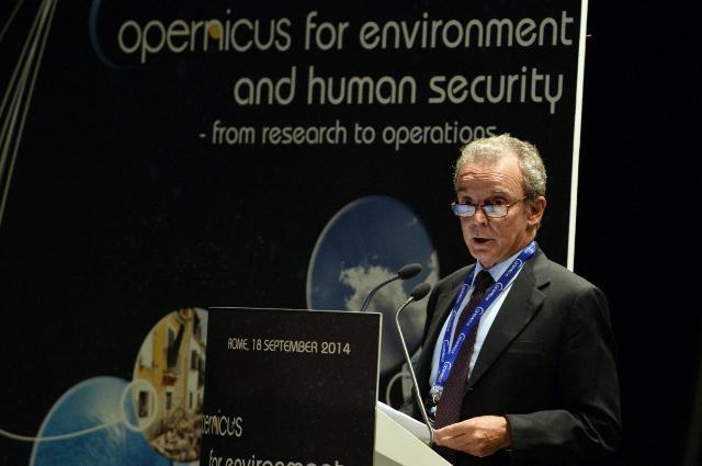 Participation de Ferdinando Nelli Feroci, membre de la CE, à la conférence 'Copernicus pour l'environnement et la sécurité humaine'