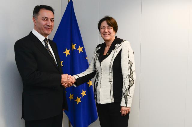 Visite de Karen Chshmaritian, ministre arménien de l'Économie, à la CE
