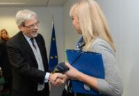 Visite de Claudio de Vincenti, sous-secrétaire d'État italien chargé du Développement économique, à la CE