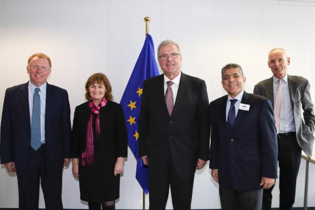 Visite des principaux représentants de l'Initiative mondiale pour l'éradication de la poliomyélite à la CE
