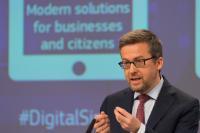 Conférence de presse conjointe d'Andrus Ansip, vice-président de la CE, Günther Oettinger et Carlos Moedas, membres de la CE, sur la présentation des mesures en vue du passage au numérique de l'industrie européenne