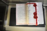 Exposition d'une collection de Traités de la construction européenne au Palazzo della Farnesina, le bâtiment du ministère italien des Affaires étrangères