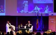 Dialogue avec les citoyens en Roumanie avec Jean-Claude Juncker, président de la CE et Corina Creţu, membre de la CE