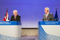 Press conference by Michel Barnier, Chief Negotiator for Negotiations with the United Kingdom, on the Article 50 negotiations, and David Davis, British Secretary of State for Exiting the European Union